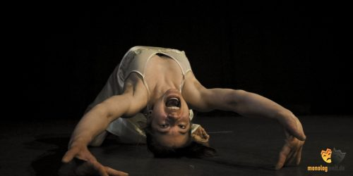 000 Galerie Monologwelt Monolog Theater Schauspiel Schauspielschule Berlin Kunst innerer Monolog Showreel about me Grotowski-min